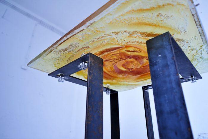 Archiglass Applied Arts Glass Table Stolik Szklany Wulkan Miodowy Stal Surowa 80x80